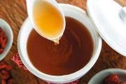 加盟泓花会抓住奶茶市场商机