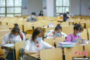 大学生返校高峰将至 高校防疫从校门到宿舍全覆盖