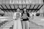 双胞胎姐妹花同一大学读本科 考研又考到一起
