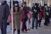 纽约出现新冠病毒检测代排业务 时薪涨至80美元
