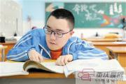 一个渐冻症高考生的梦想:考上大学去到广阔世界
